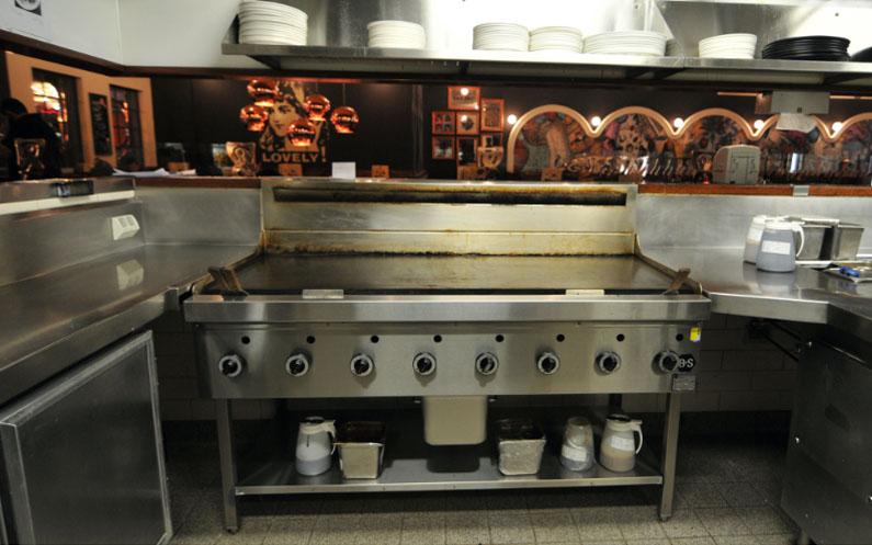 B+S custom grill plates at Pancake Parlour